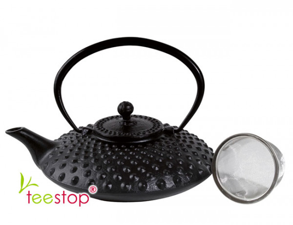 Japanische Tee Kanne aus Gusseisen Shanghai in schwarz