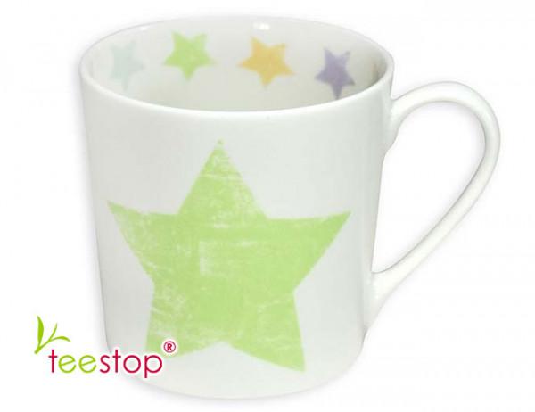Becher Shabby mit grünem Stern in Pastellfarben aus Fine Bone China Porzellan