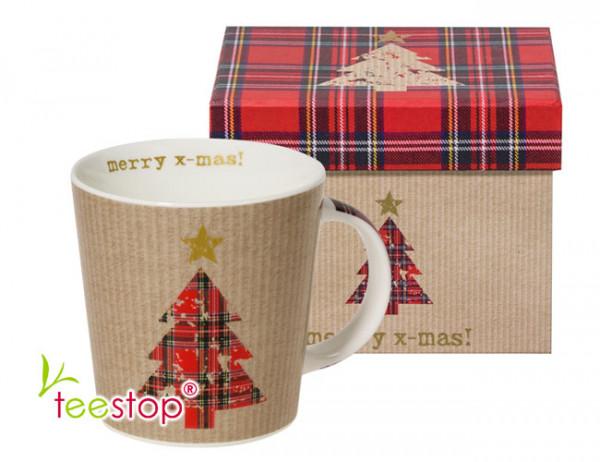 Becher Merry X-Mas mit Weihnachtsbaum aus Porzellan im Geschenkkarton verpackt
